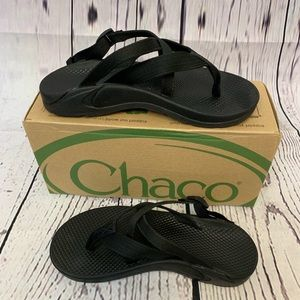 Chaco Hipthong Ecotread Sandals. Size 7